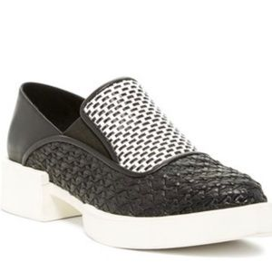 H. Williams Roebling Black  / White Leather Flat